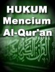 Hukum Mencium Al-Qur'an